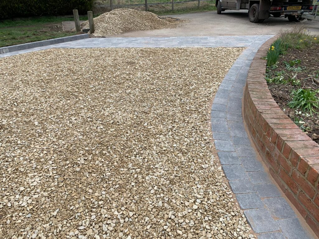 Cotswold Stone Chipping Driveway in Upton Warren